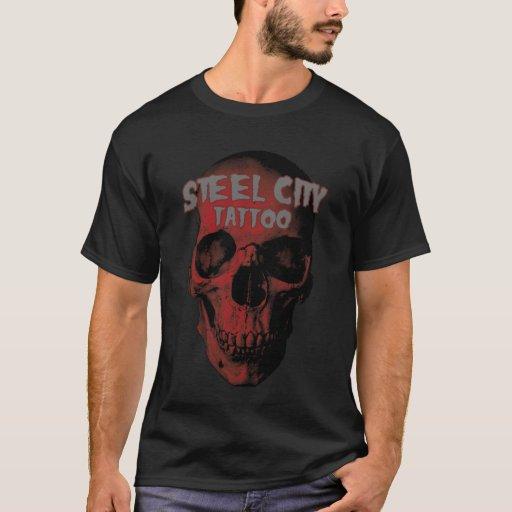 Camiseta roja del cráneo