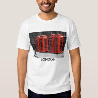 Camiseta roja teñida B/W de las cabinas de Remeras