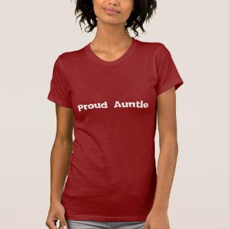 Camiseta roja y blanca de la tía orgullosa
