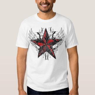 Camiseta roja y negra del cráneo con alas de la remeras