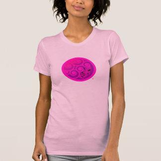 Camiseta rosada de Queenlocks del logotipo