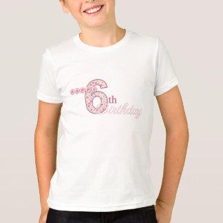 Camiseta rosada del 6to cumpleaños feliz playeras