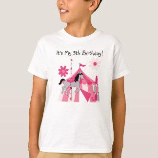 Camiseta rosada del cumpleaños del caballo del playera