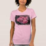 Camiseta rosada del diseño del tulipán playera