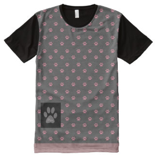 Camiseta rosada del modelo de la impresión de la
