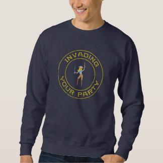 Camiseta rubia del chica del pirata suéter
