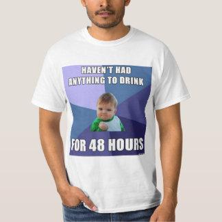 Camiseta sobria de la bomba del puño del niño playera