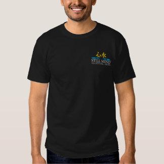 Camiseta trasera de la oscuridad del logotipo de poleras