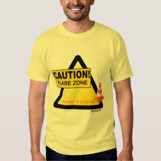 Camiseta unisex que señala por medio de luces de poleras