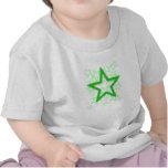 Camiseta verde de los niños de la estrella