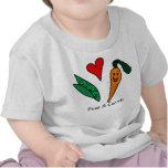 Camiseta verde del amor de los guisantes y de las