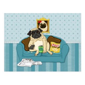 Camisetas adaptables adorables de Pugtato del sofá Tarjeta Postal