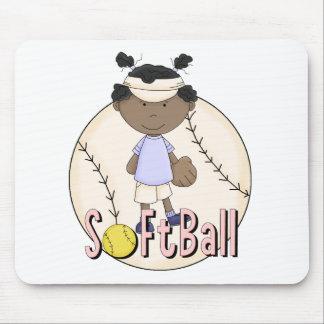 Camisetas afroamericanas y regalos del softball de mousepads