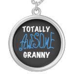 Camisetas azules y regalos de la abuelita totalmen collar personalizado