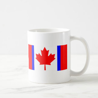 Camisetas canadienses de la bandera de la dualidad taza