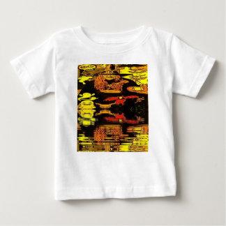 Camisetas cómico del bebé de la bruja de Halloween Playera Para Bebé