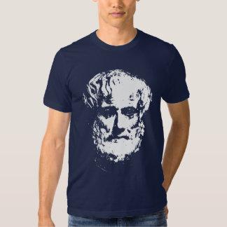 Camisetas de la oscuridad de Aristóteles Remeras