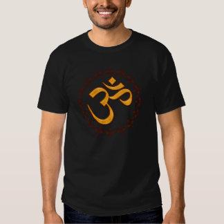Camisetas de la oscuridad del símbolo del ohmio playera