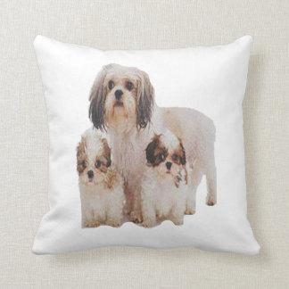Camisetas de los perritos del tsu de Shih Cojín Decorativo
