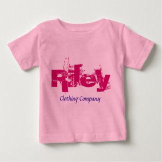 Camisetas del bebé de Riley Name Clothing Company