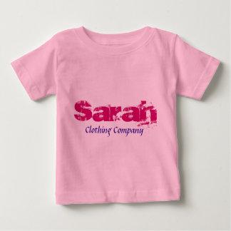 Camisetas del bebé de Sarah Name Clothing Company