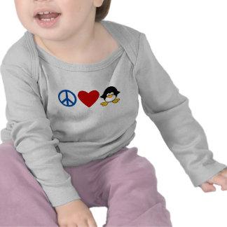 Camisetas del bebé del pingüino del amor de la paz