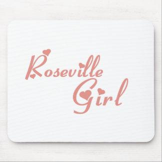 Camisetas del chica de Roseville Tapete De Ratones