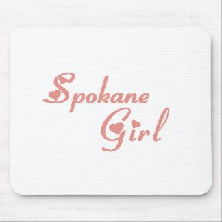 Camisetas del chica del valle de Spokane Alfombrillas De Ratones