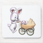 Camisetas del conejo de conejito de los niños y re alfombrillas de ratones