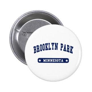 Camisetas del estilo de la universidad de Brooklyn Pin Redondo 5 Cm