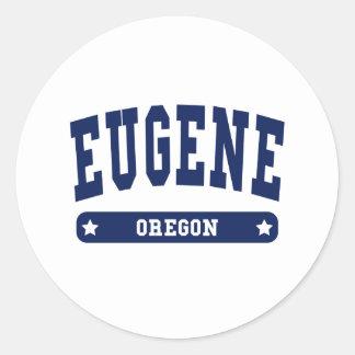 Camisetas del estilo de la universidad de Eugene O Etiqueta Redonda