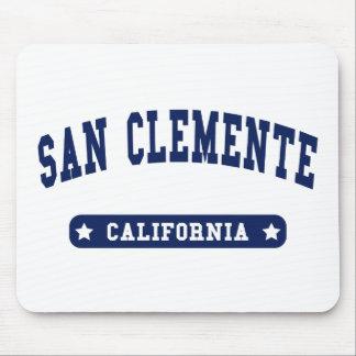 Camisetas del estilo de la universidad de San Clem Alfombrilla De Raton
