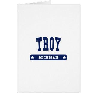 Camisetas   del estilo de la universidad de Troy Tarjeta