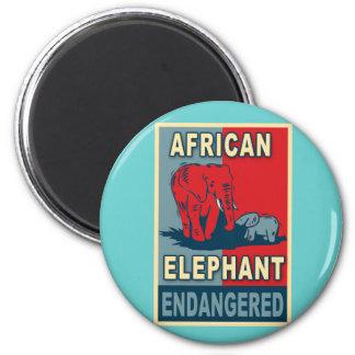 Camisetas en peligro del arte pop del elefante imán redondo 5 cm