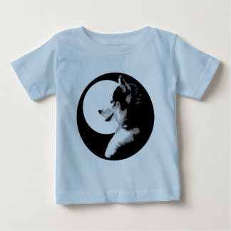 Camisetas fornidas del bebé del perro de trineo de poleras