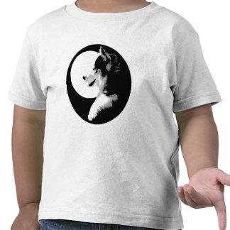 Camisetas fornidas del perro de trineo del niño de