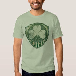 Camisetas irlandés estupendo del vintage poleras