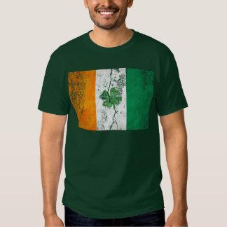 Camisetas irlandesas del trébol de la bandera camisas