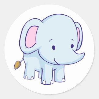 Camisetas lindo del elefante del dibujo animado pegatina redonda