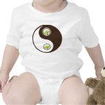 Camisetas orgánico del planeta de Yin Yang