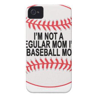 Camisetas .png de las mamáes del béisbol iPhone 4 cárcasa