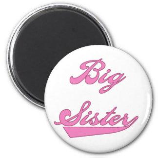 Camisetas rosadas y regalos de la hermana grande d imanes de nevera