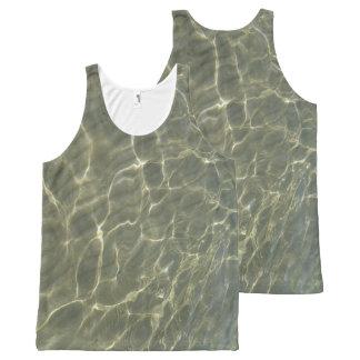 Camisetas sin mangas del agua poco profunda