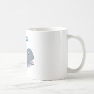 Camisetas y regalos caprichosos de la ballena del  taza
