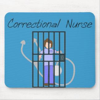 Camisetas y regalos correccionales de la enfermera alfombrillas de raton