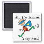 Camisetas y regalos de hermano mayor del héroe iman de frigorífico