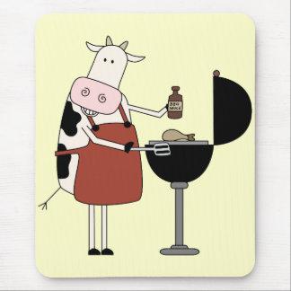 Camisetas y regalos de la barbacoa de la vaca alfombrillas de ratón