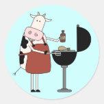 Camisetas y regalos de la barbacoa de la vaca etiqueta redonda