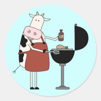 Camisetas y regalos de la barbacoa de la vaca pegatina redonda