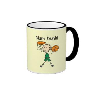 Camisetas y regalos de la clavada del baloncesto taza a dos colores